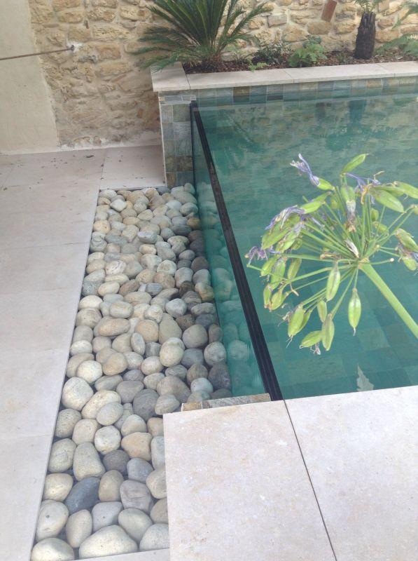 nous r alisons des parois de piscine en verre sur mesure autour de saint etienne lyon et. Black Bedroom Furniture Sets. Home Design Ideas